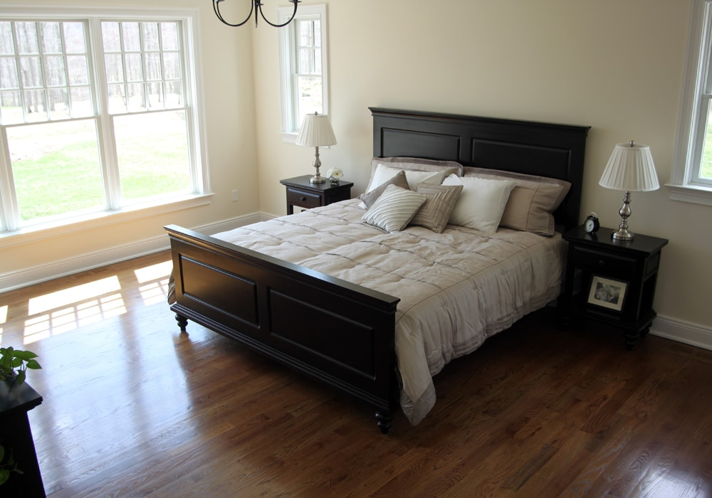 red-oak-floor-master-bedroom