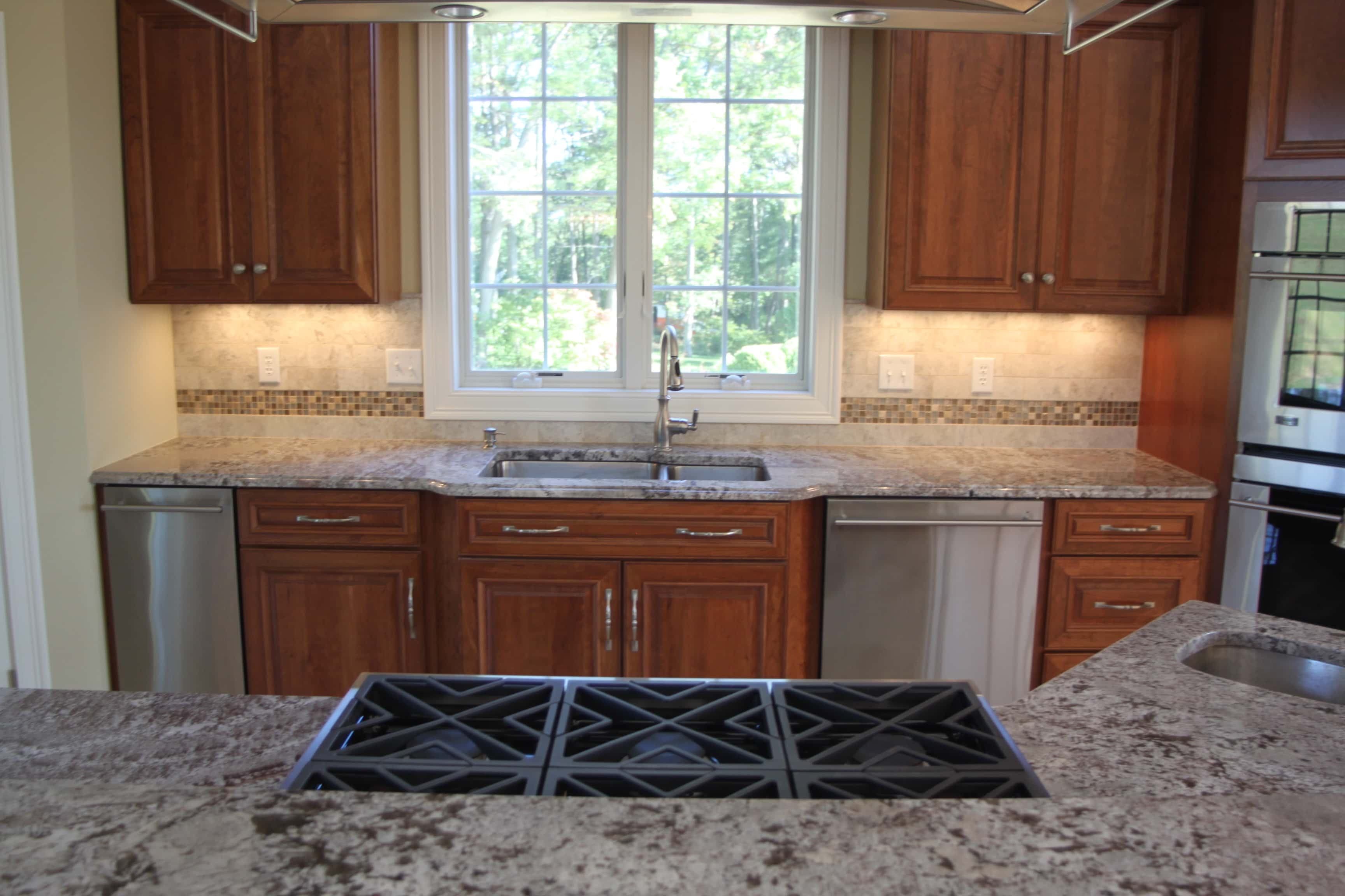 Sensational Matching Countertops To Cabinets Dalene Flooring Beutiful Home Inspiration Cosmmahrainfo