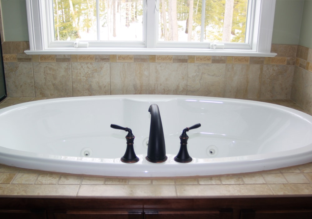 ceramic-tile-master-bath
