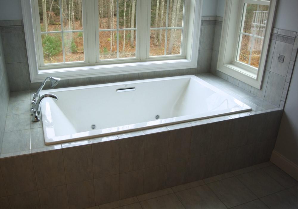 natural-stone-master-bath