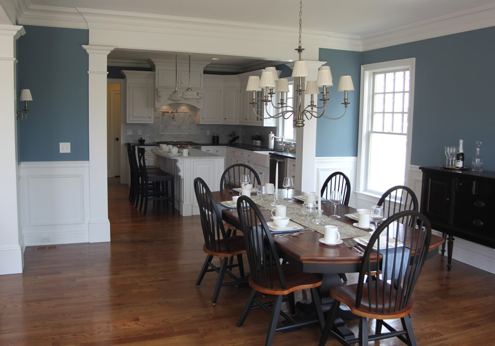 red-oak-flooring-dining-room