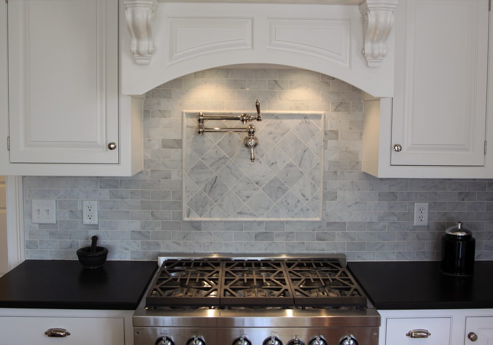 stone-mosaic-backsplash