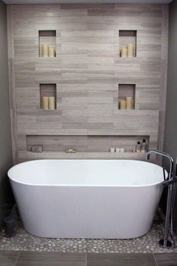 Porcelain Tile Bath with plank tiles