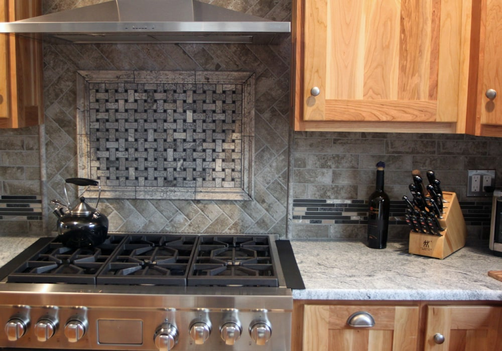 kitchen_stone_backsplash
